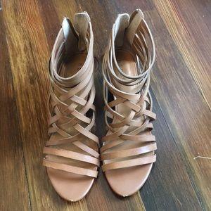 Hinge tan wedge sandals